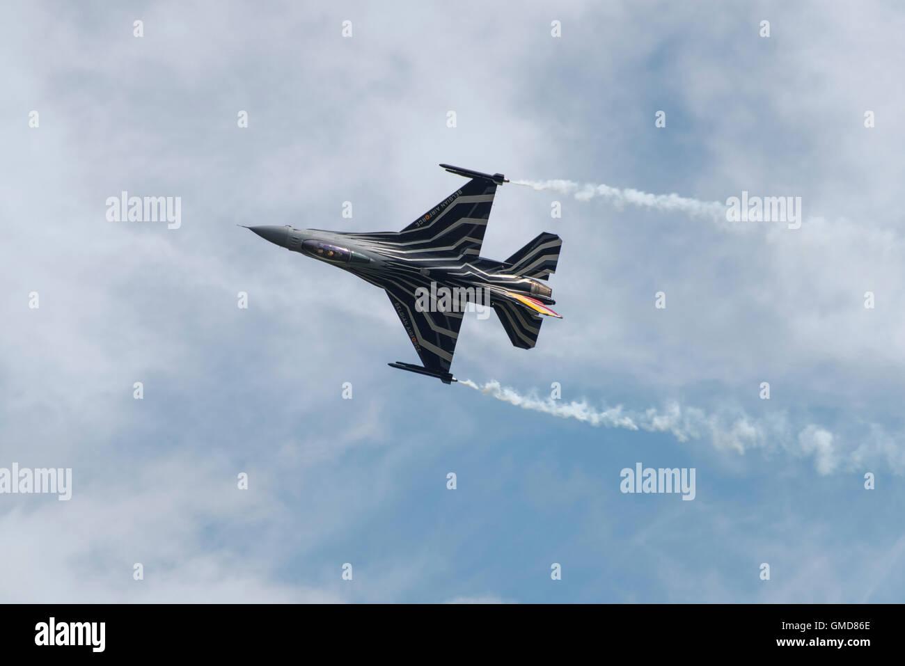 General Dynamics (Lockheed Martin) F-16A Fighting Falcon Fighter Jet da l'aeronautica belga visualizza a 2016 RIAT Foto Stock