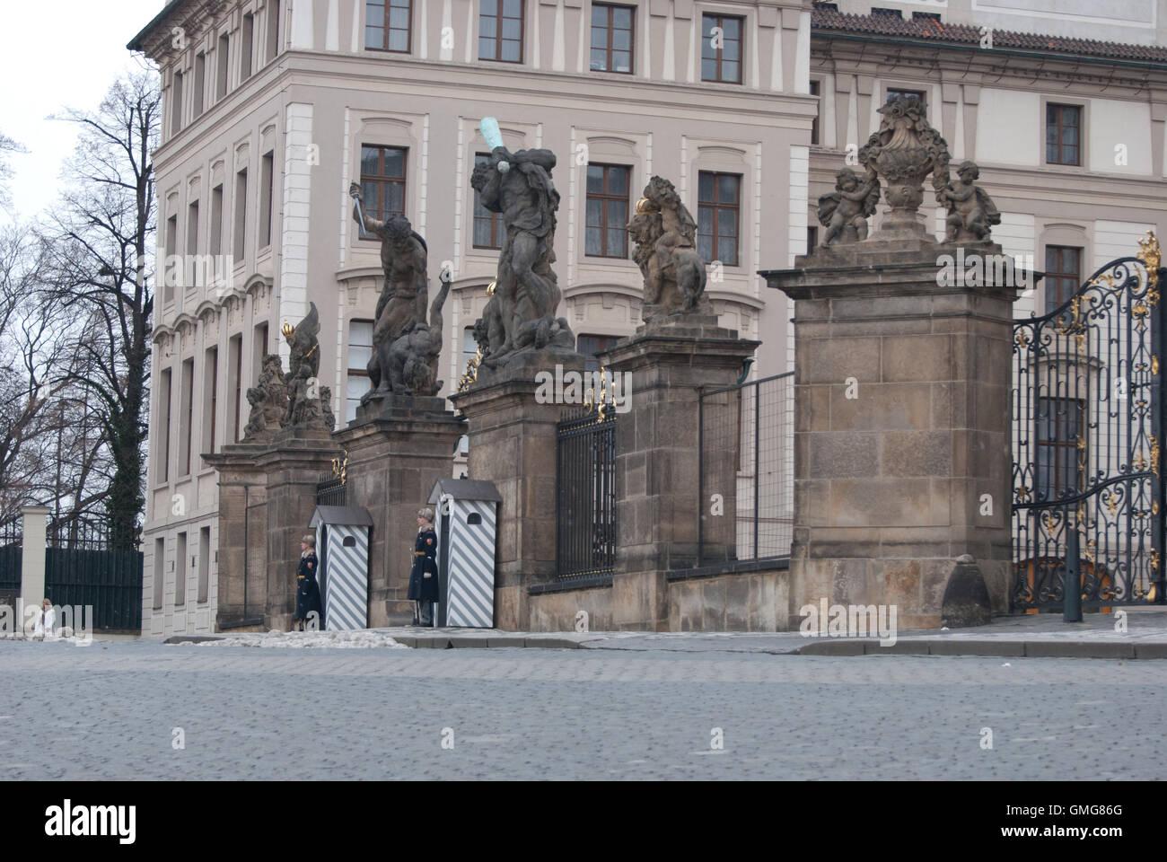 Entrata al Palazzo Reale, il Castello di Praga, Repubblica Ceca Immagini Stock