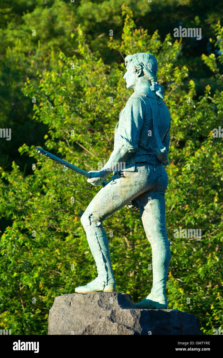 Il Capitano Parker statua sulla battaglia verde, Lexington Green, Lexington, Massachusetts Foto Stock