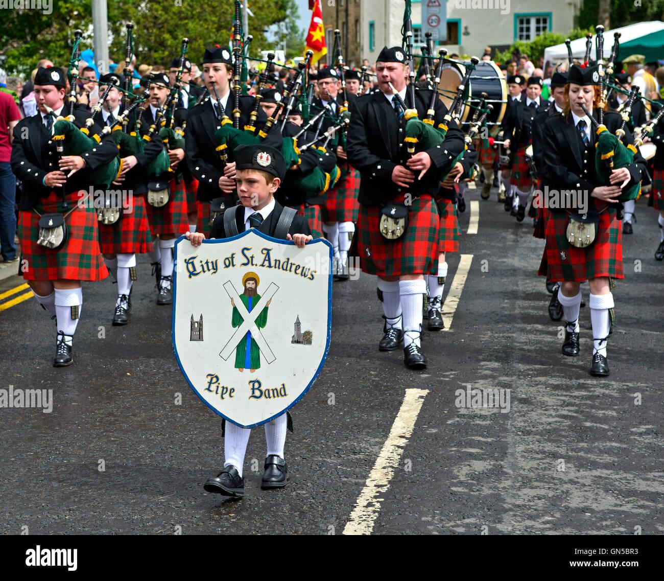 I lettori delle cornamuse della città di St Andrews Pipe Band, Ceres, Scotland, Regno Unito Immagini Stock