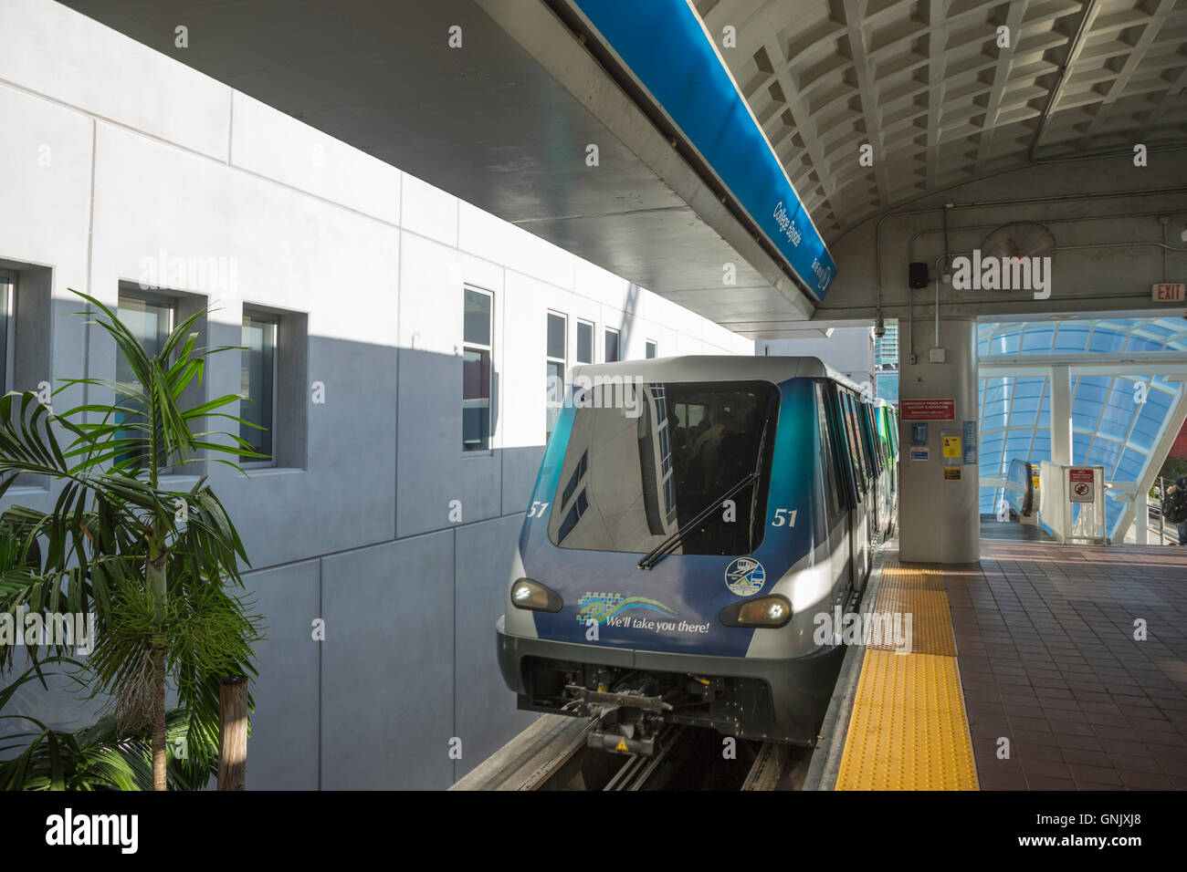 BAYSIDE stazione monorotaia METROMOVER Downtown Miami Florida USA Immagini Stock