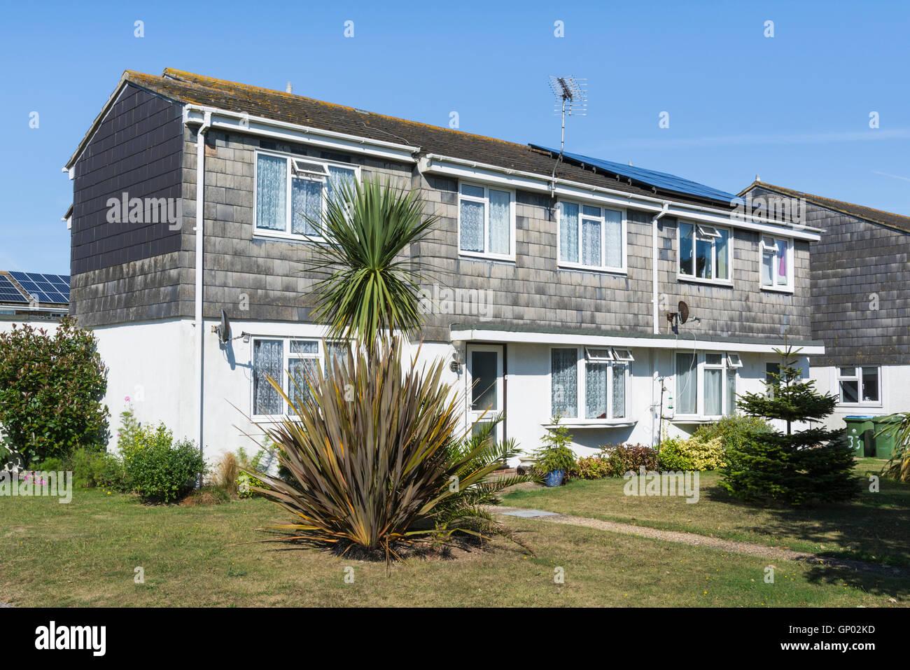 Piastrella appeso moderne case a schiera nel Regno Unito. Immagini Stock