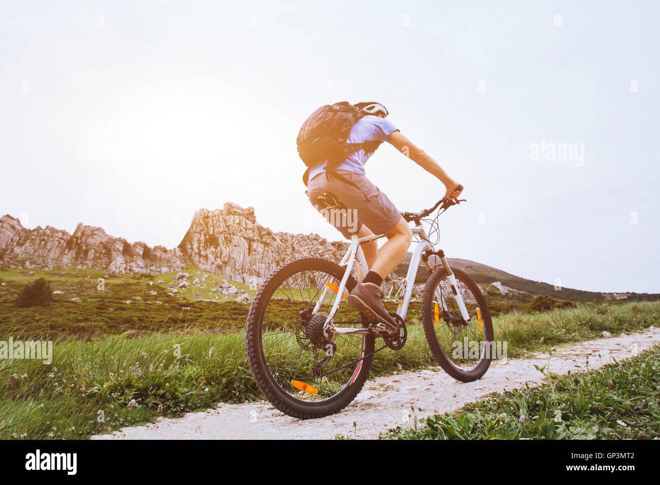 Mountain bike, Escursioni in bicicletta al di fuori, sport estremi Immagini Stock