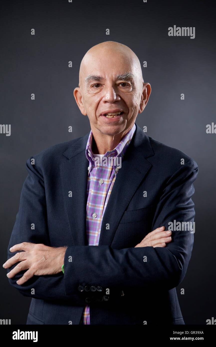 James King, il professore di inglese e studi culturali e biografo, all'Edinburgh International Book Festival. Immagini Stock