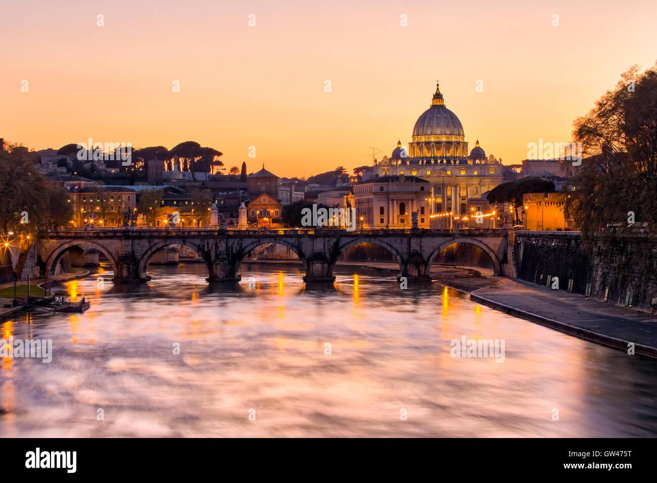 Vista tramonto dello Stato della Città del Vaticano. Foto Stock