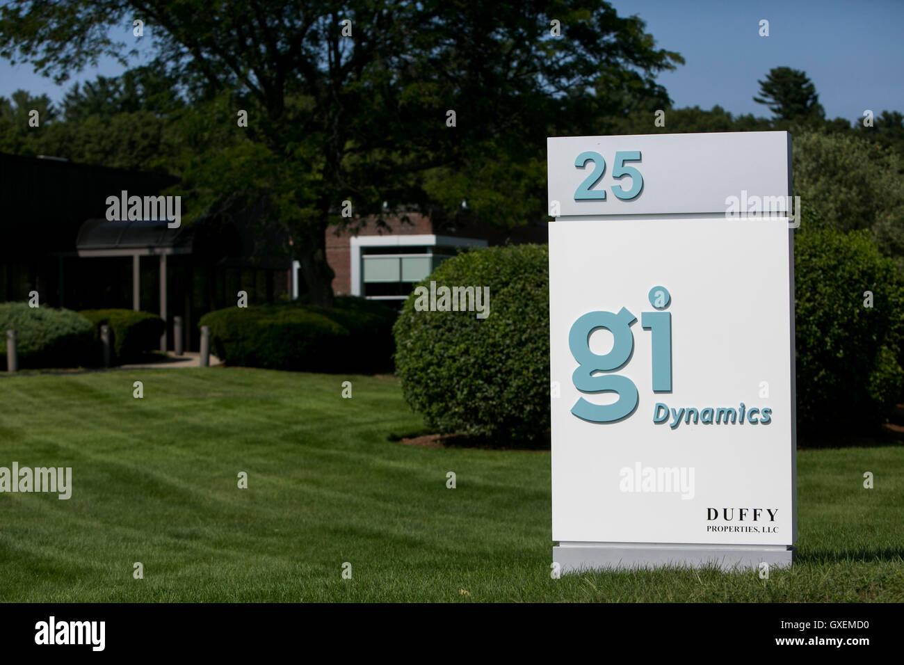 Un segno del logo al di fuori di una struttura occupata dal GI Dynamics in Lexington, Massachusetts, il 13 agosto Foto Stock