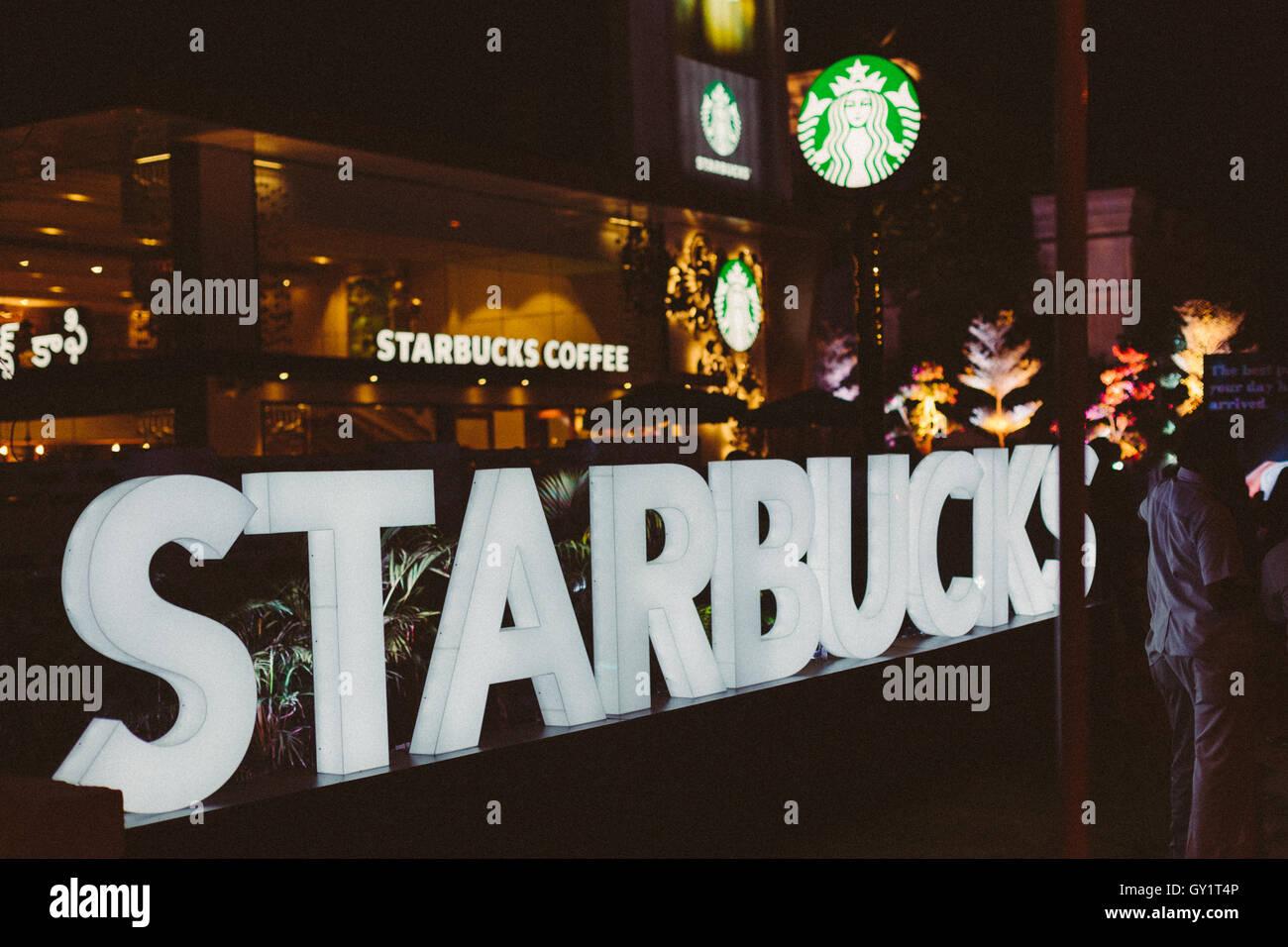 Starbucks India Hyderabad negozio il giorno del lancio Immagini Stock