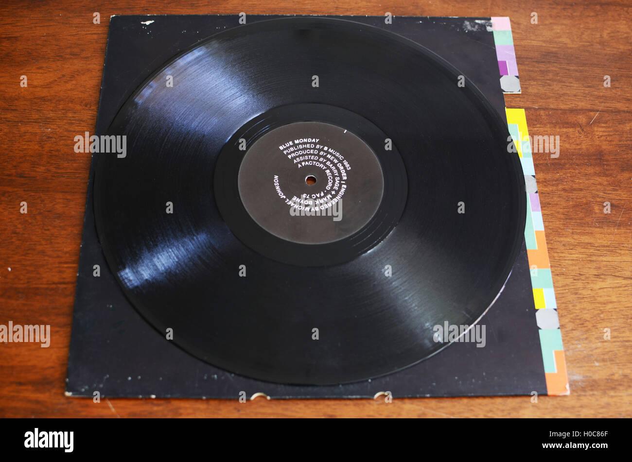 picture disc vinile  Nuovo Ordine, Blu Lunedì, floppy disc, 12', vinile Foto & Immagine ...