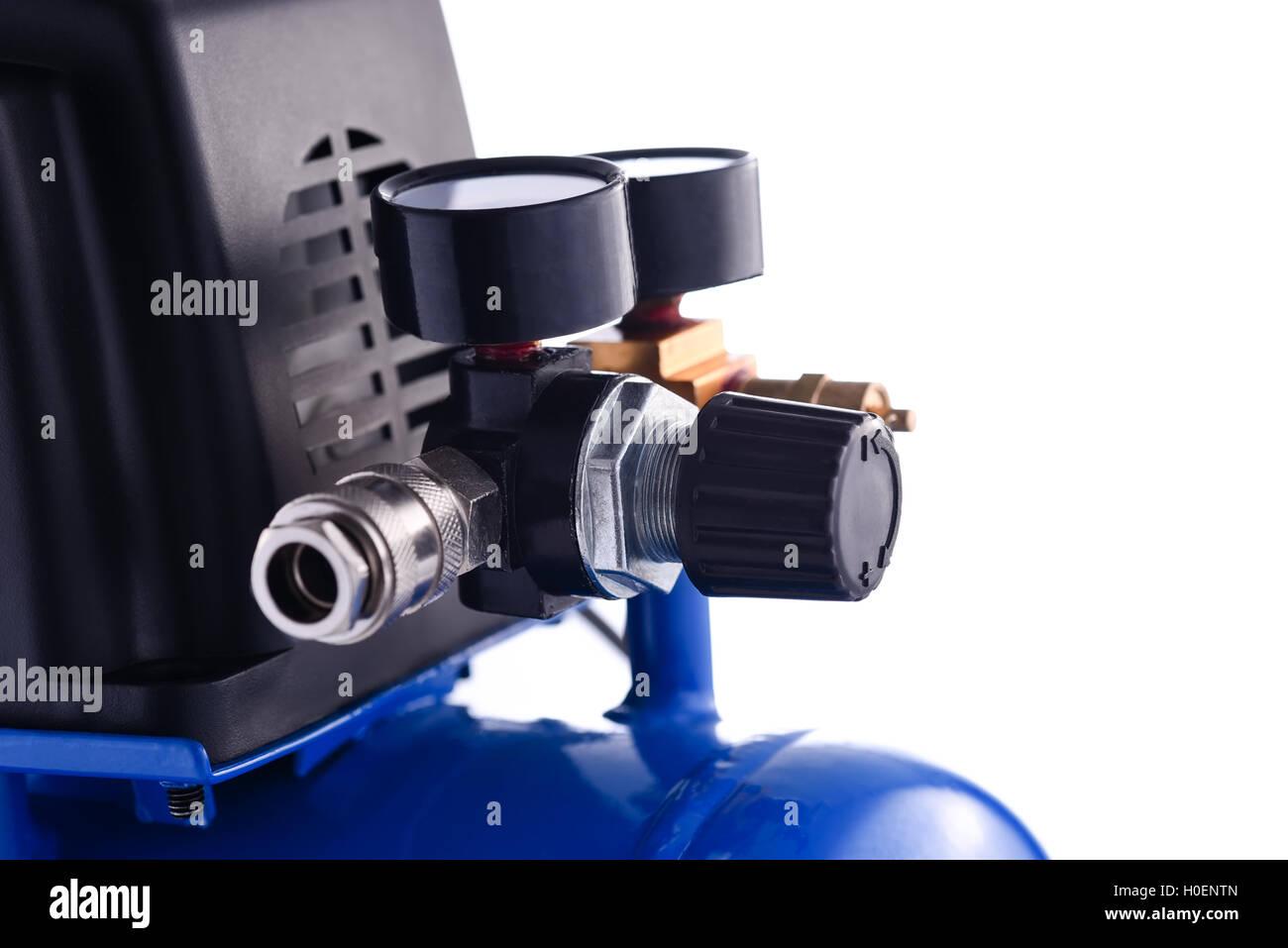 Mini blu compressore manometro dettagli isolati su sfondo bianco Immagini Stock