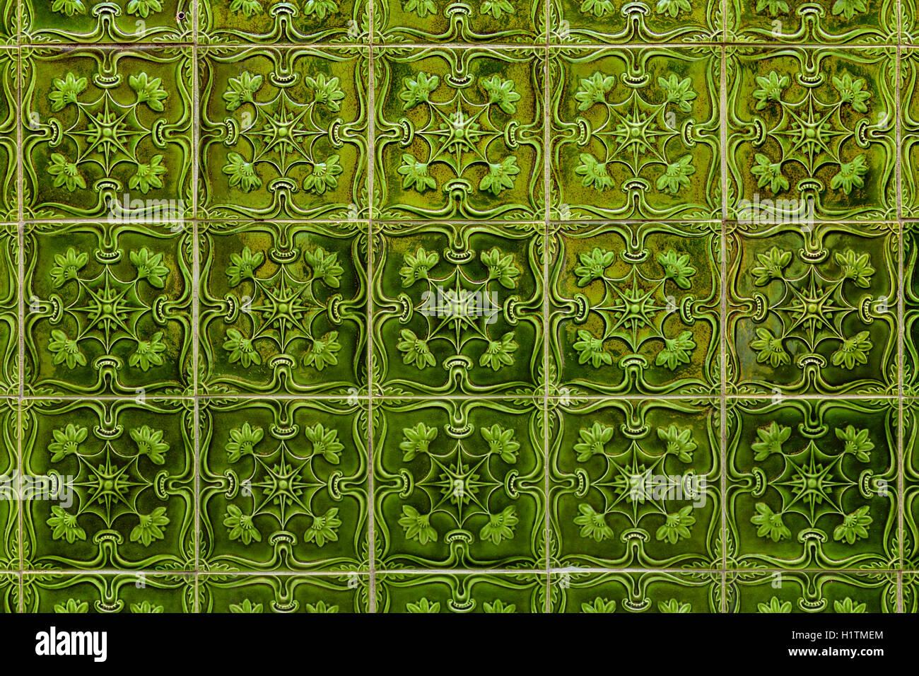 Colore verde azulejos piastrelle fatte a mano da lisbona