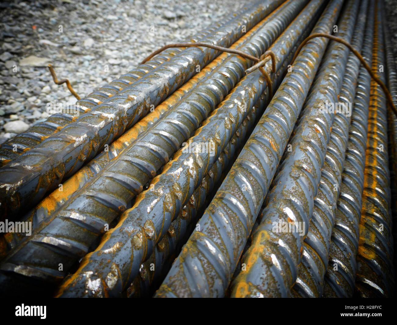 Prezzo Del Ferro Per Edilizia i tondini di ferro per cemento armato foto stock - alamy