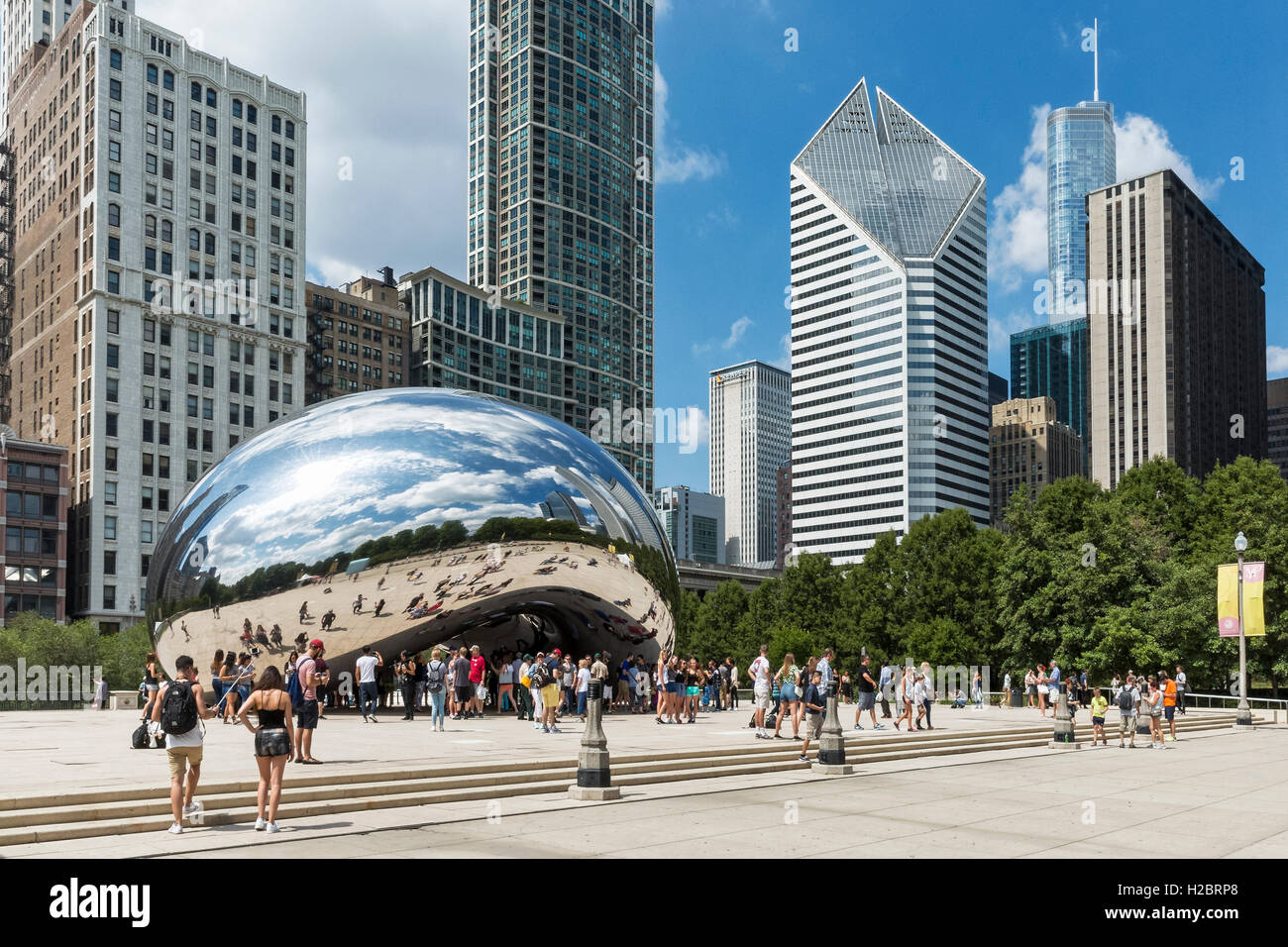 Cloud Gate aka il fagiolo, il Millennium Park di Chicago, Illinois, Stati Uniti Immagini Stock