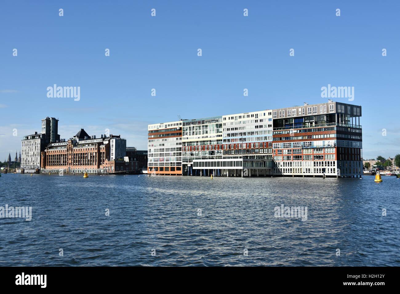 Amsterdam Paesi Bassi architettura moderna Appartamenti su Westerdoksdijkand tra Oude Houthaven e IJ Port Harbour Immagini Stock