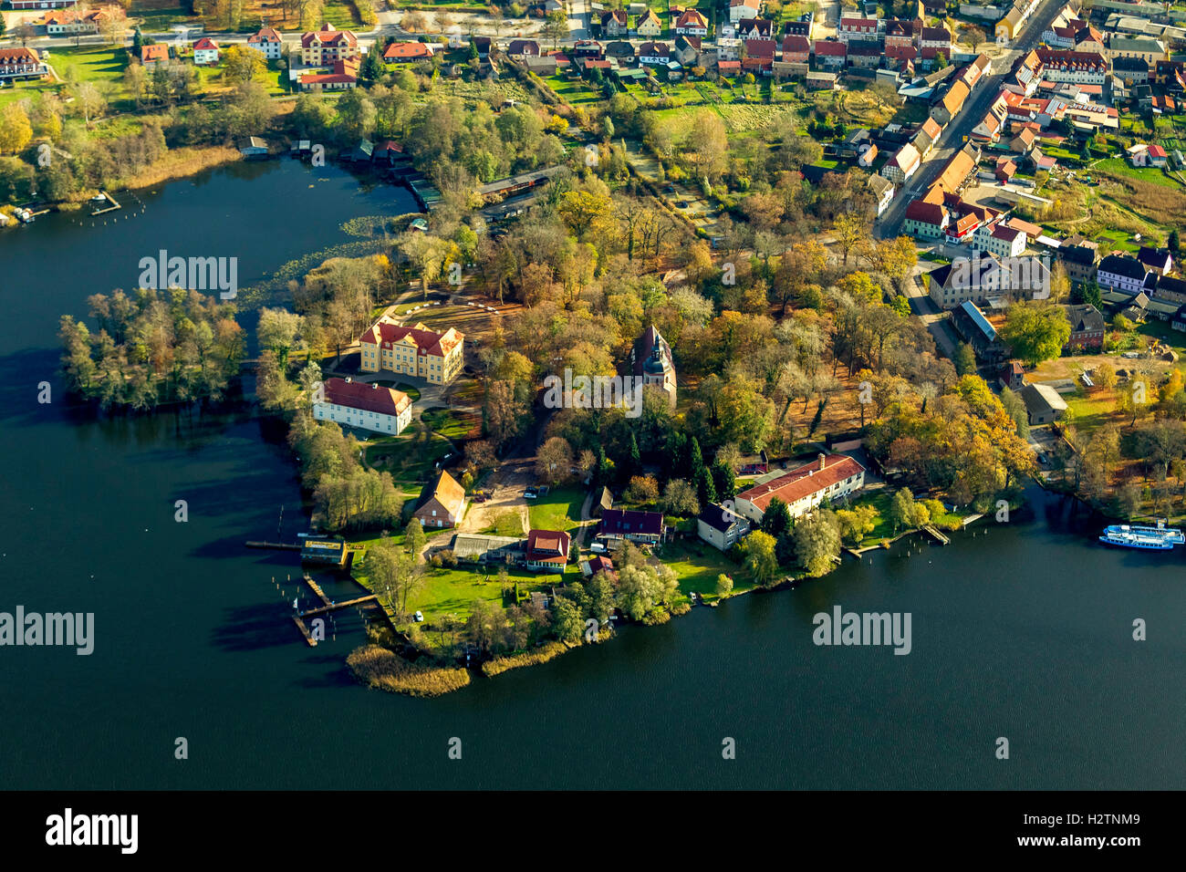 Veduta Aerea Del Castello Mirow Johanniter Chiesa A Lago Con Isola Mritz Lake District Mecklenburg