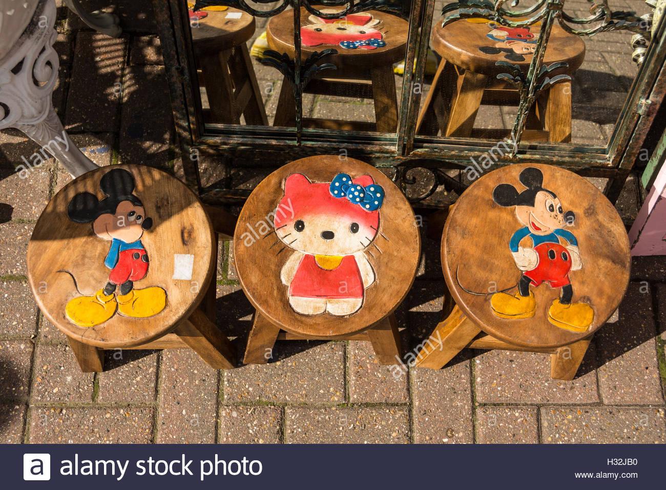 Topolino e minnie mouse per bambini sgabelli in legno foto