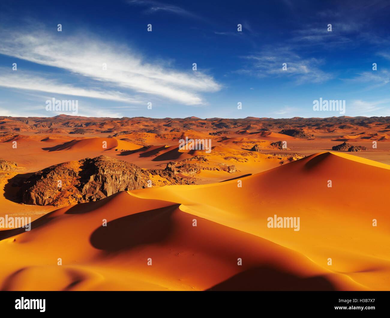 Le dune di sabbia del deserto del Sahara, Tadrart, Algeria Immagini Stock