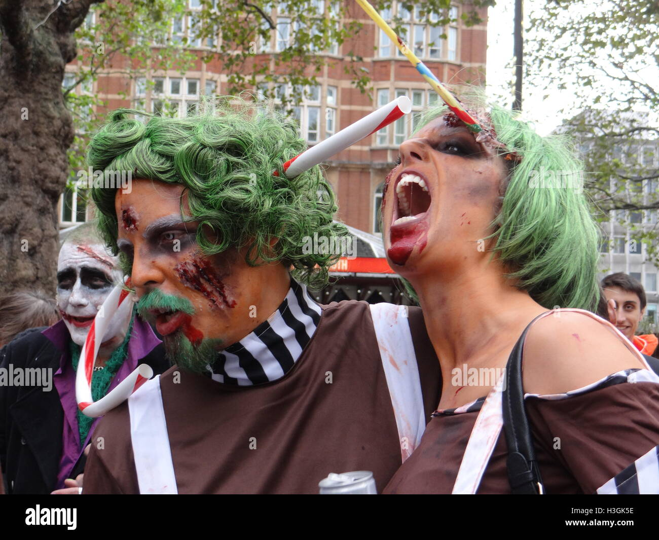 Londra, Regno Unito. 8 Ottobre, 2016. Mondo Zombie Day 2016, Londra, UK Credit: Nastia M/Alamy Live News Foto Stock
