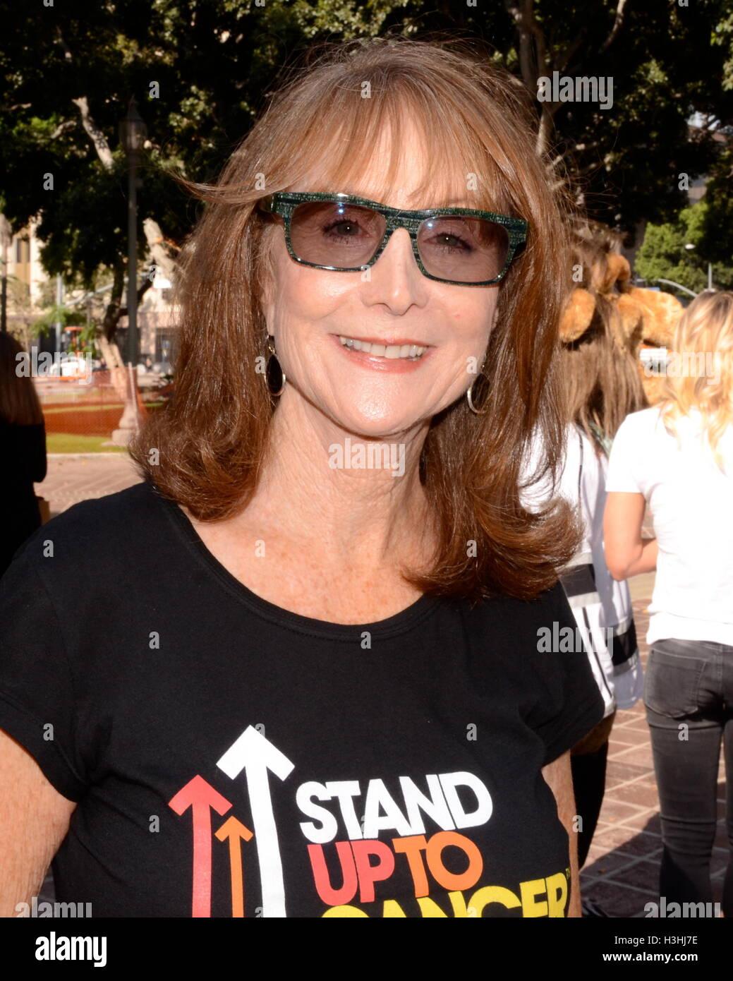 Marg Helgenberger Partecipa a conferenza stampa per 'stand fino al cancro giorno' a Los Angeles City Hall, Immagini Stock