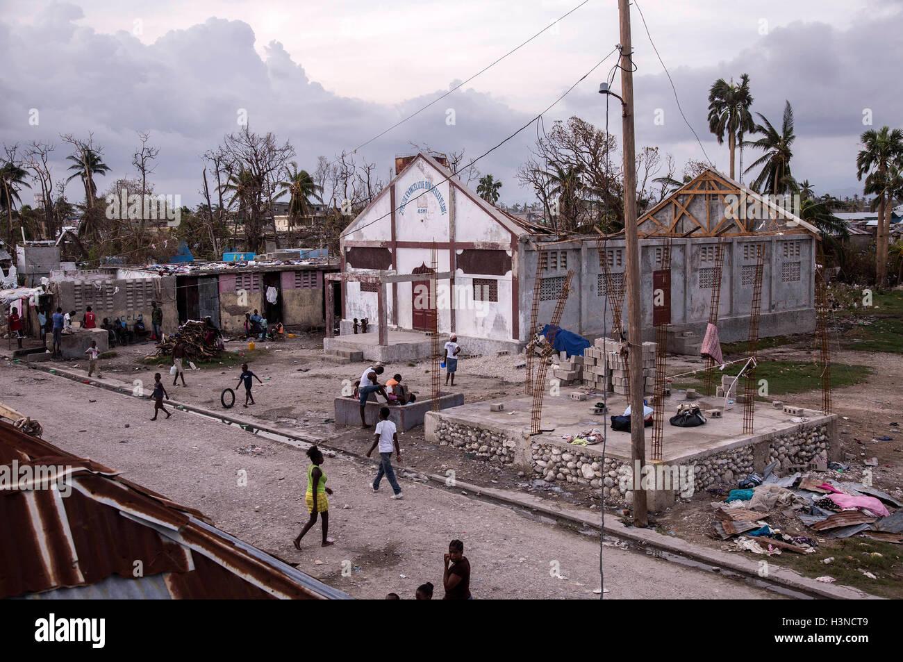 Les Cayes, Haiti. 9 Ott, 2016. Immagine fornita dal Fondo delle Nazioni Unite per l'Infanzia (UNICEF) mostra Immagini Stock