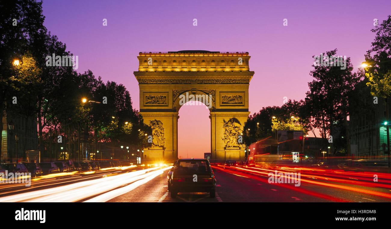 Arc de Triomphe e dagli Champs Elysees, Parigi, Francia Immagini Stock