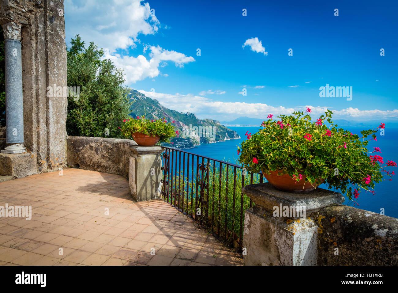 Villa Cimbrone è un edificio storico a Ravello sulla costiera amalfitana del sud Italia. Immagini Stock
