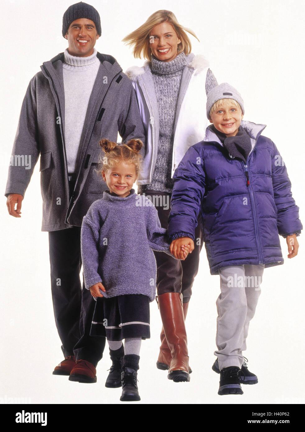 Famiglia, abbigliamento invernale, sorriso, andare motion