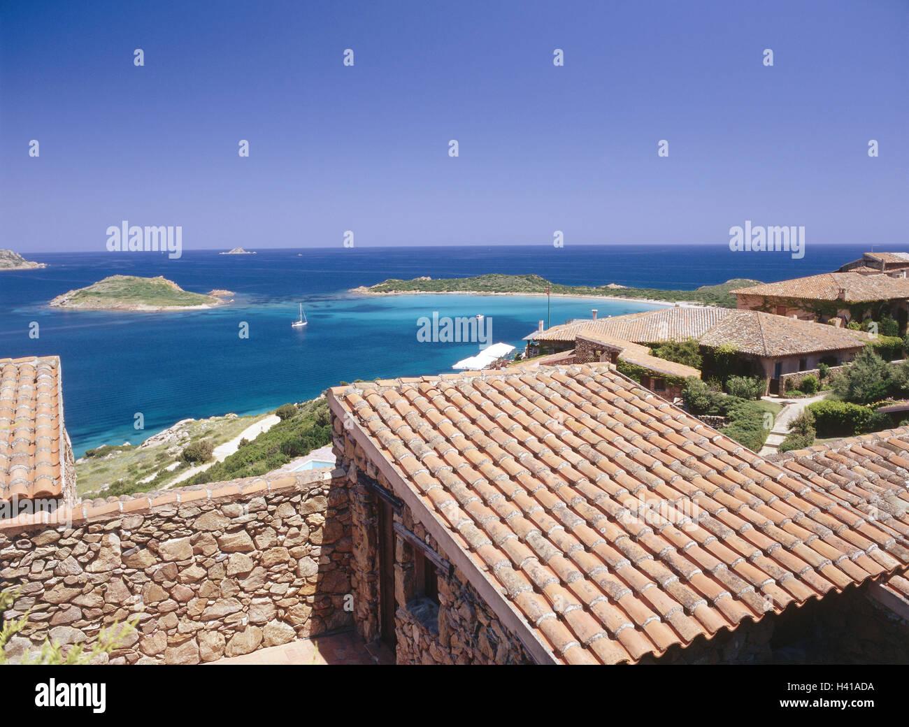 Case Stile Mediterraneo Sardegna : L italia sardegna capo coda cavallo costa case residenziali