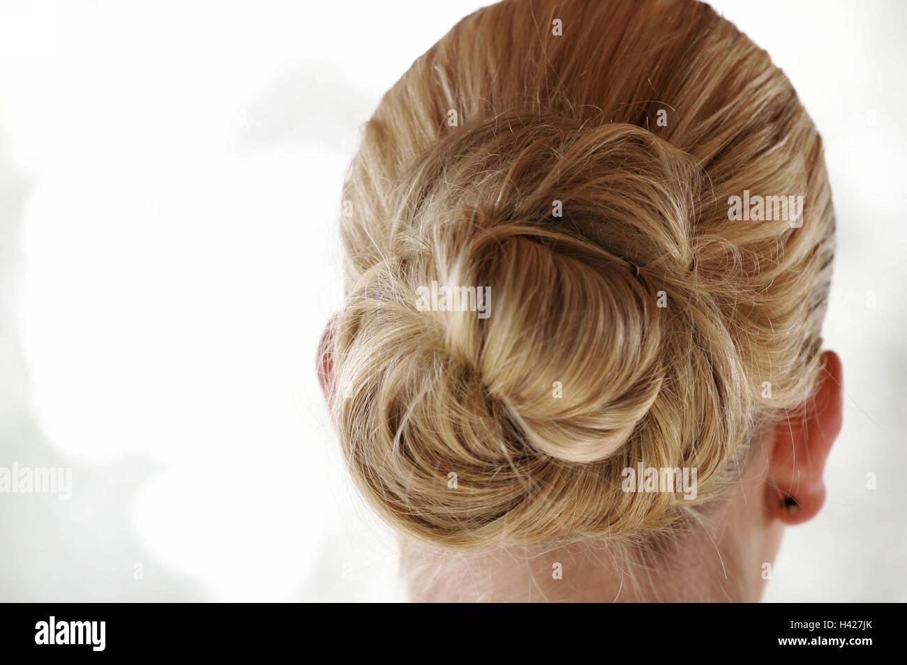 Donna bionda, taglio di capelli, peli nodi, vista da ...