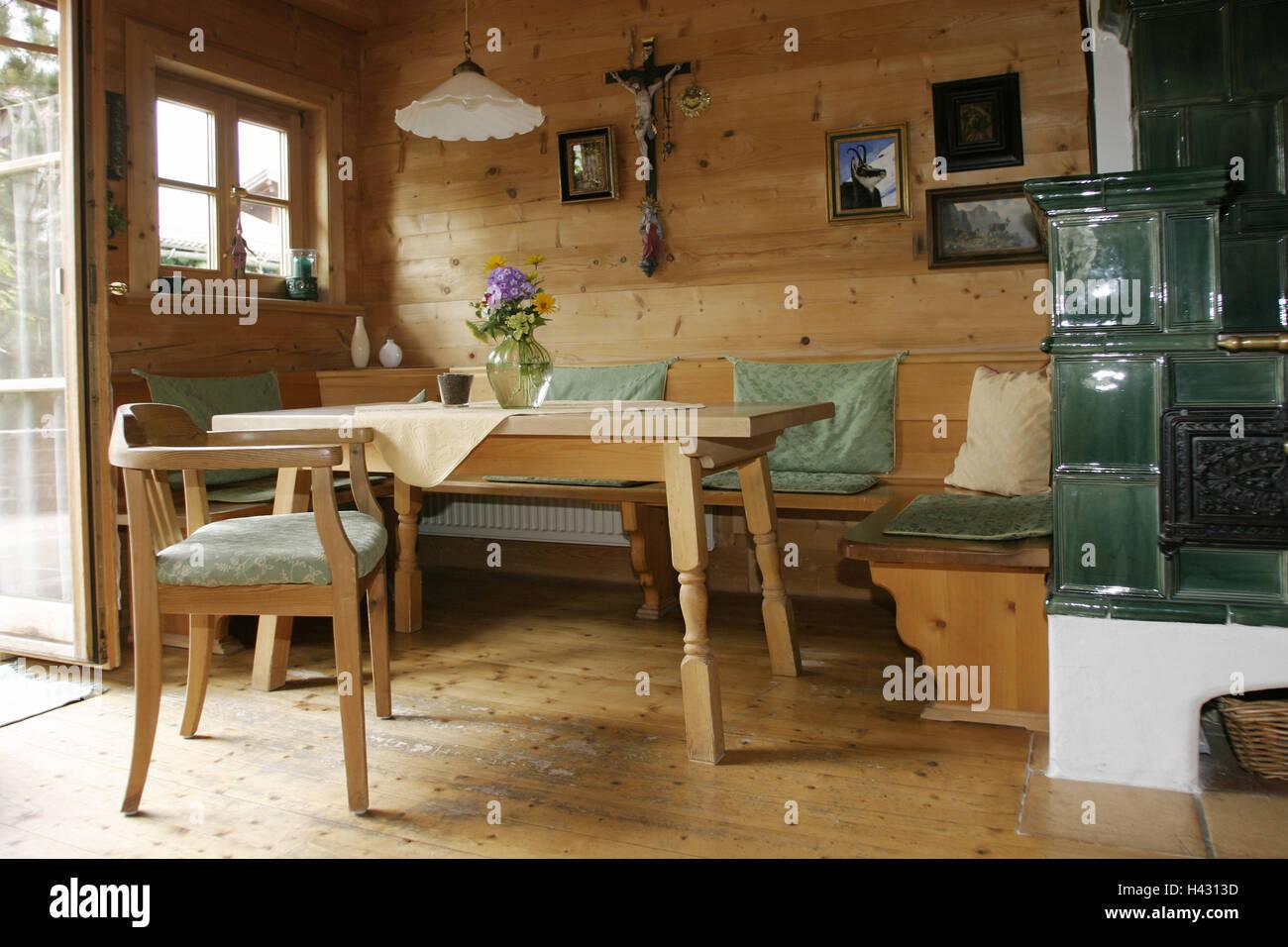 Cucina Soggiorno Country.Sala Residenziale Stufa In Maiolica Camera Salotto