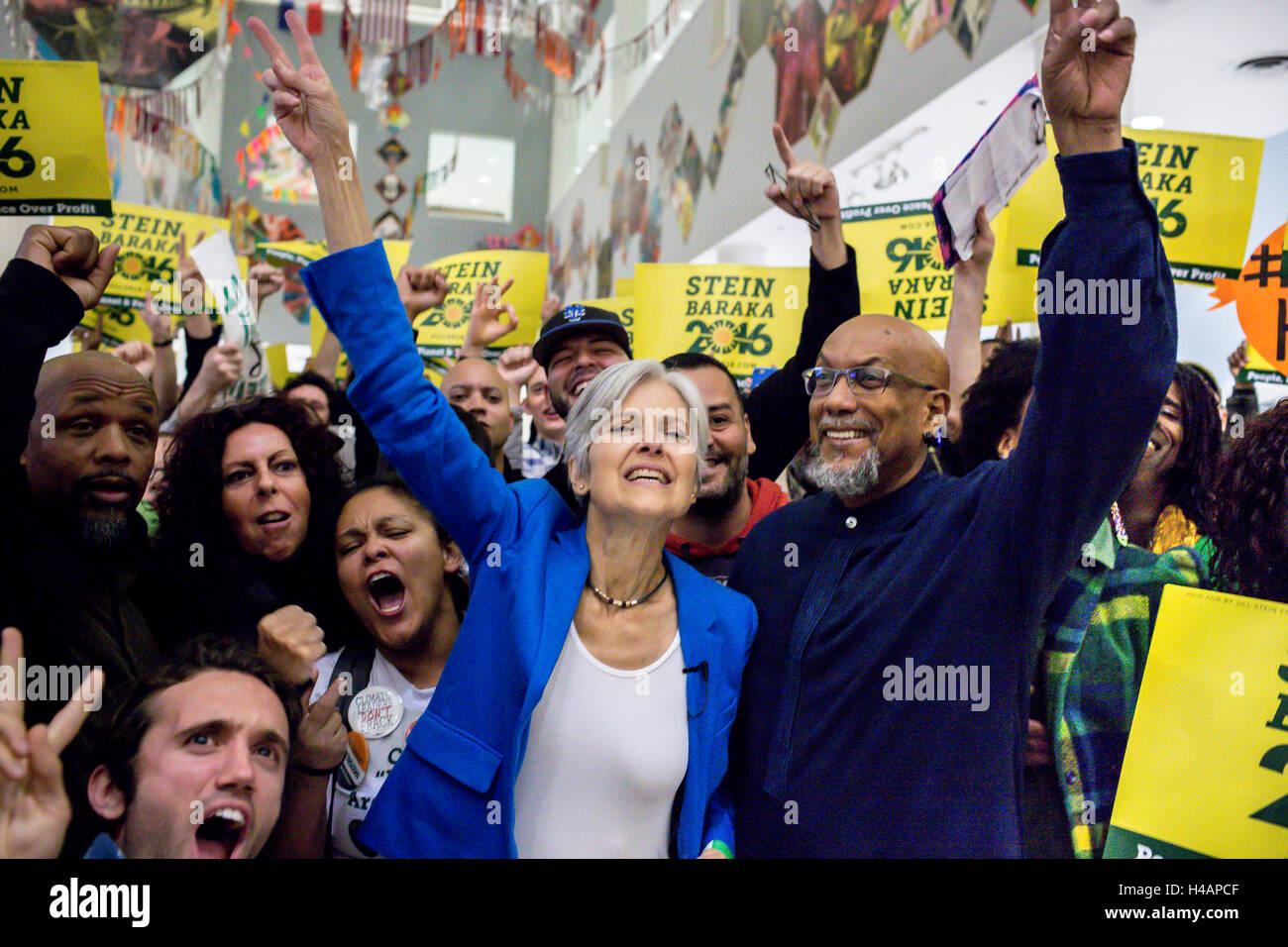 San Francisco, Stati Uniti. Xii oct, 2016. Il Partito dei Verdi ticket, Jill Stein e il suo compagno di corsa Ajamu Immagini Stock