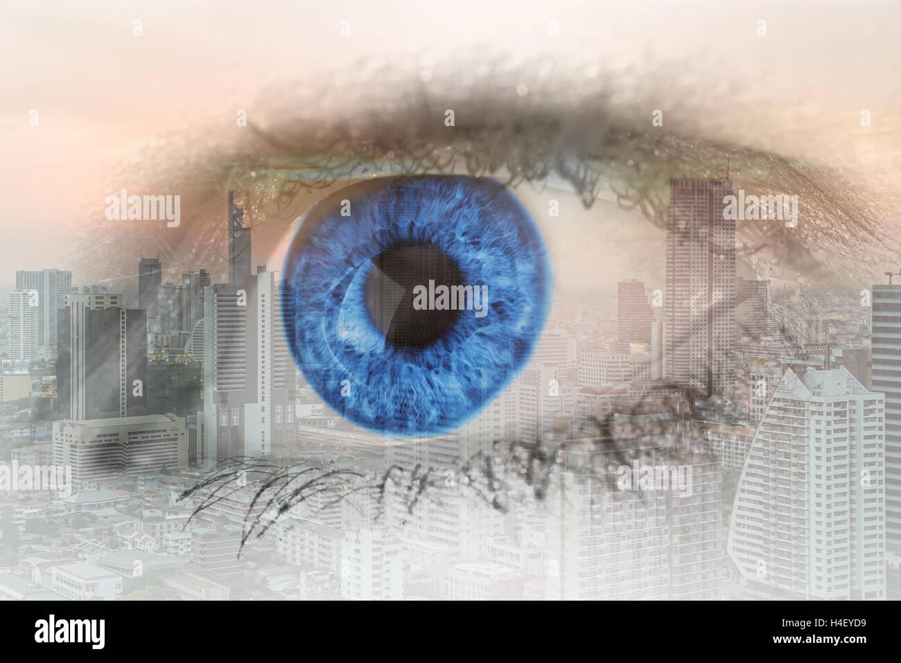 Esposizione doppia immagine dell'occhio umano con centro business district Bangkok City. Business future concept. Immagini Stock