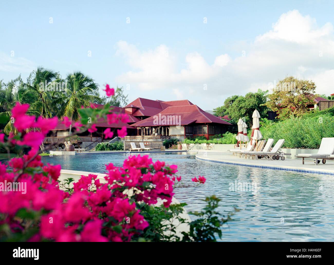 La piscina principale al Cap Est Lagoon Resort & Spa. Cap Est, Martinica. Caraibi Orientali. Immagini Stock