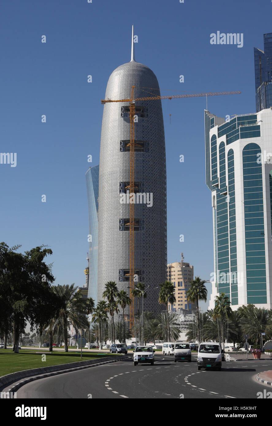 Lavorare In Qatar Architetto alto edificio sito in costruzione, architetto jean nouvel