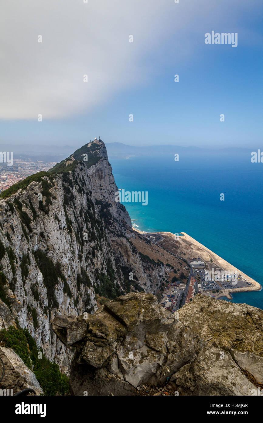 Splendida vista dalla sommità della Rocca di Gibilterra Foto Stock