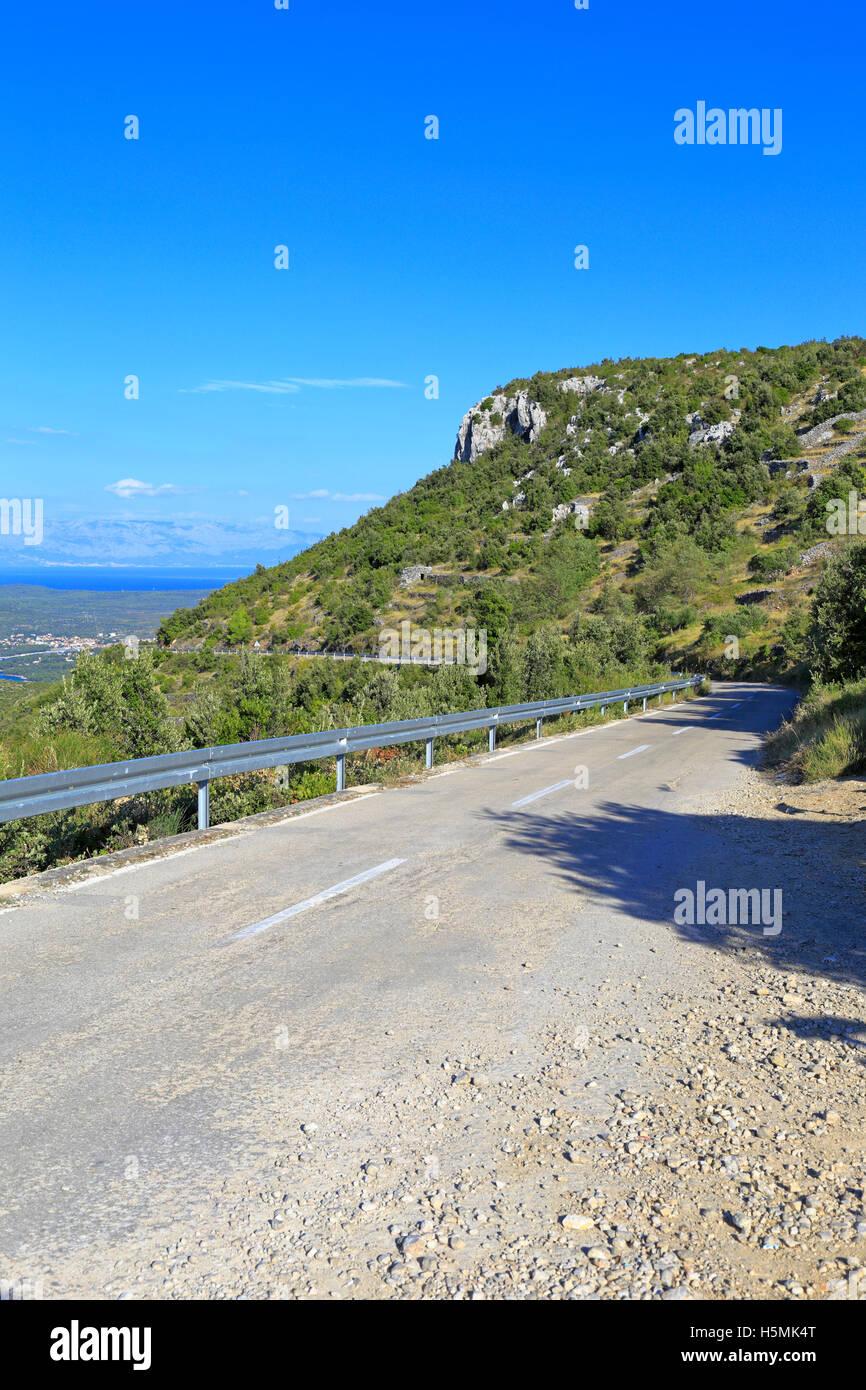 Vecchia strada di montagna, Velo Grablje, Isola di Hvar, Croazia, Dalmazia, costa dalmata, l'Europa. Immagini Stock