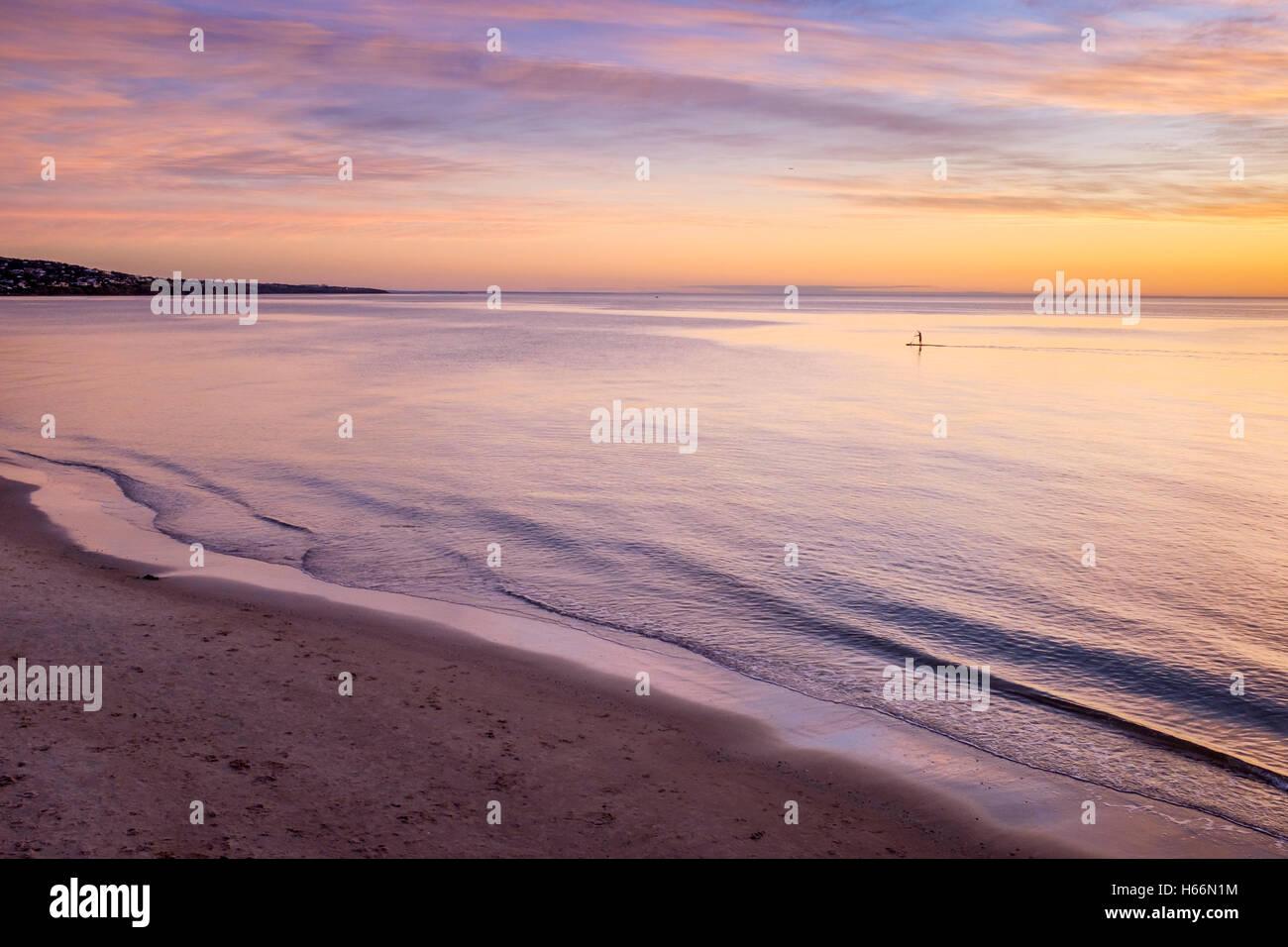 Tramonto a Adelaide la spiaggia di Brighton, Adelaide Australia Immagini Stock