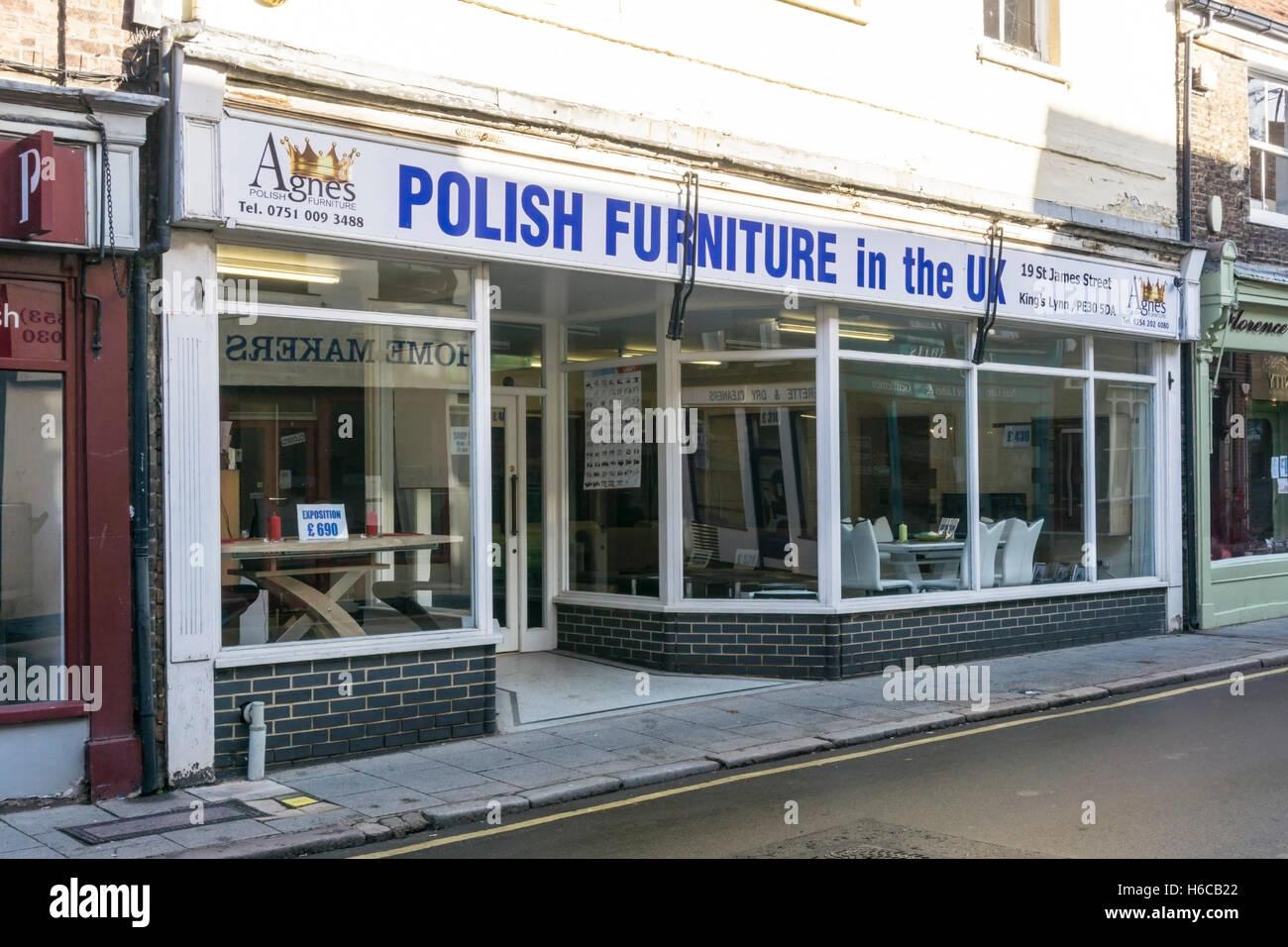 Un ramo di Agnes mobili vendita mobili polacco in King's Lynn, Norfolk. Immagini Stock