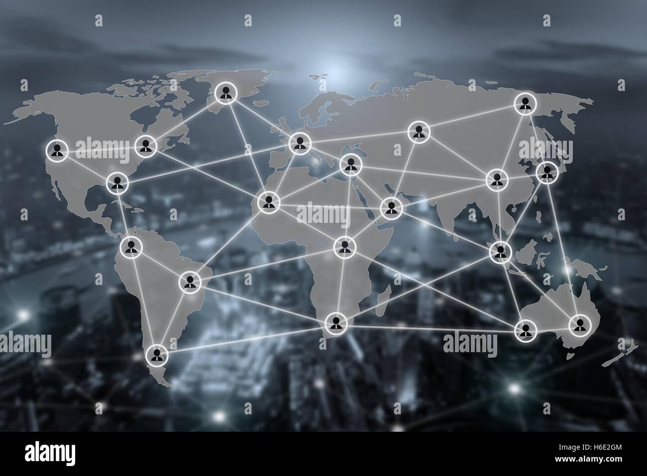 Mappa del mondo e il collegamento alla rete sociale icona di comunicazione con blurr città in background. Rete Immagini Stock