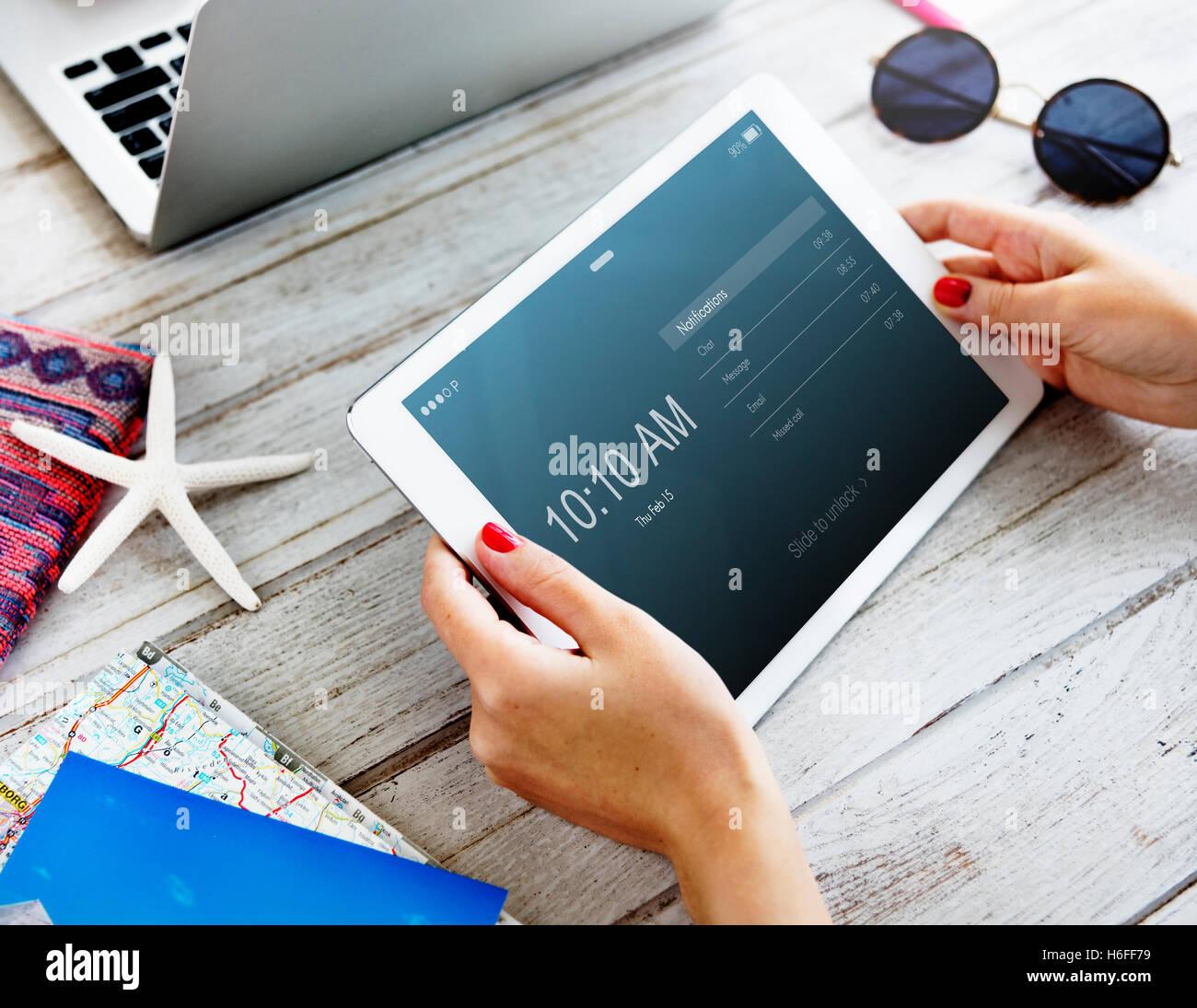 Il messaggio di notifica di posta elettronica concetto di applicazione Immagini Stock