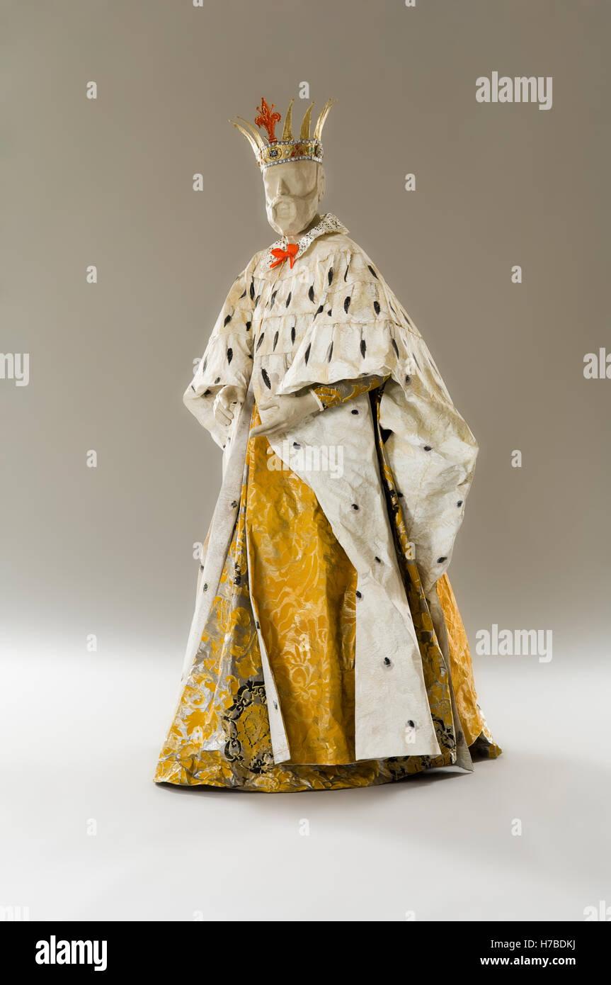 Re manichino in abito di carta costume replica storico vestito di carta di  Isabelle de Borchgrave dcd01e1b8bfe