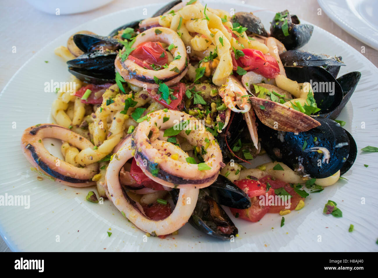 Busiate Marinara Trapanese Una Tipica Pasta Di Pesce Piatto Fro I