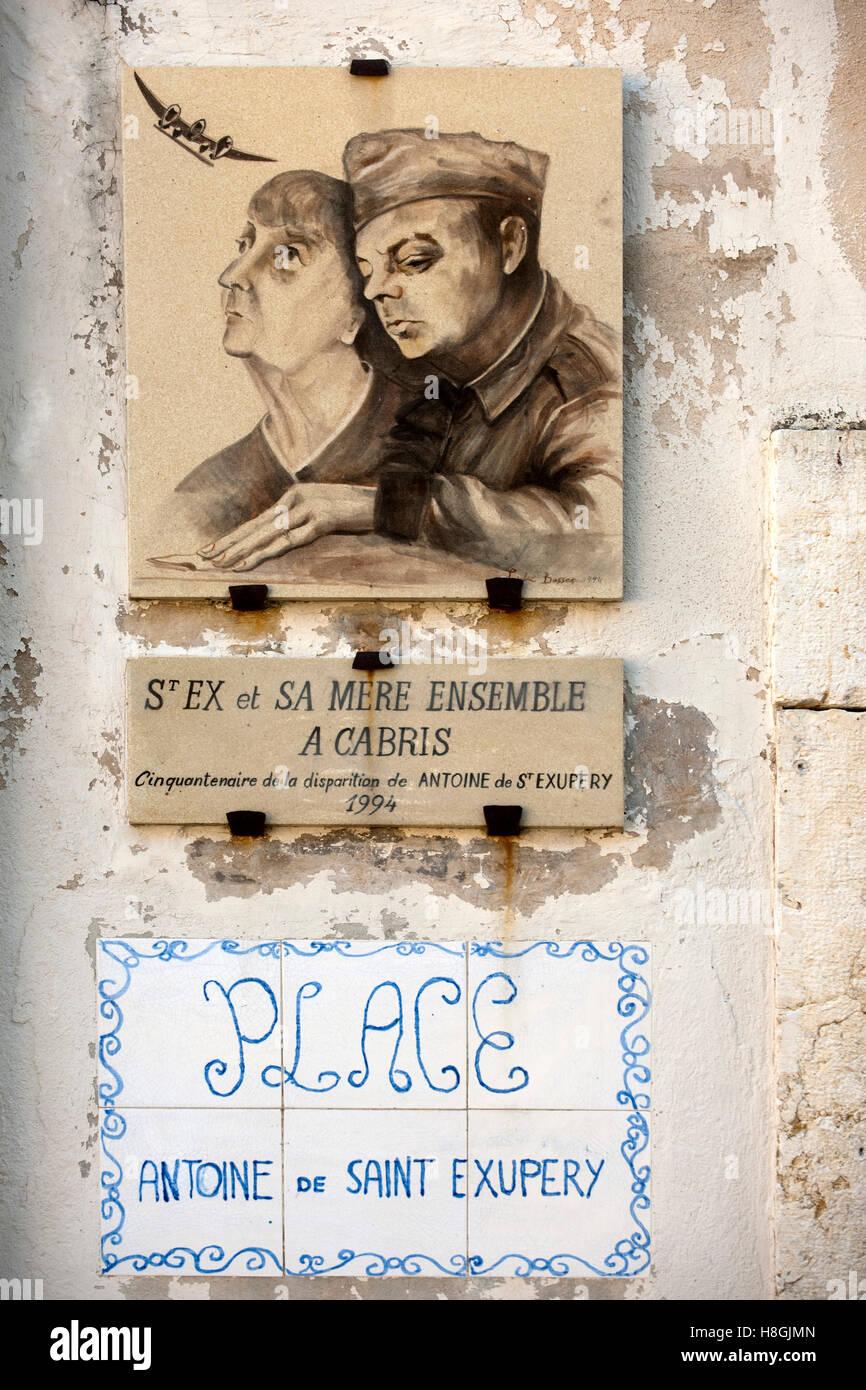 Frankreich, Cote d Azur, dipartimento delle Alpi Marittime, Cabris, Tafel zum Gedenken an den Schriftsteller Antoine Immagini Stock