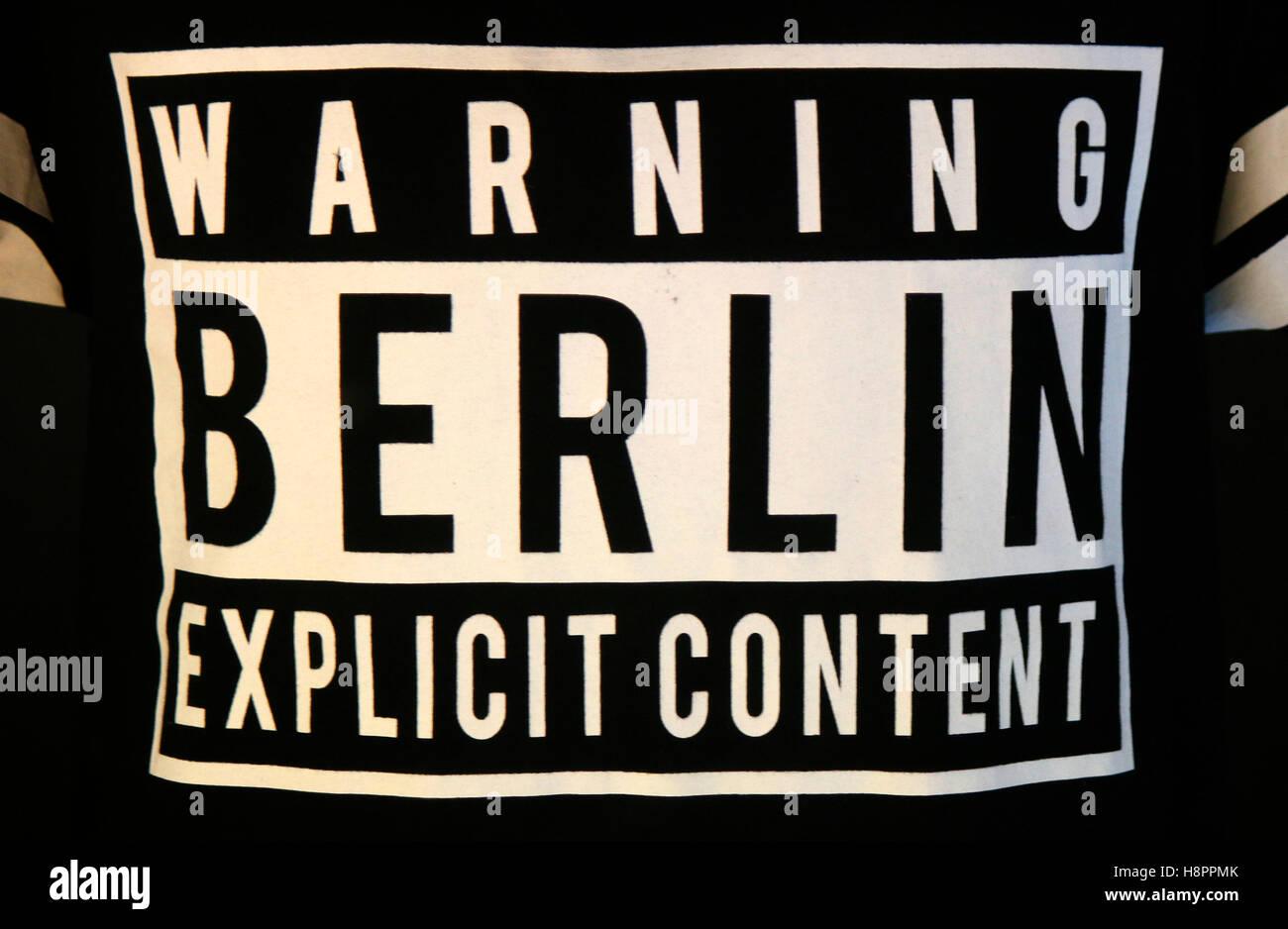 Das Logo der Marke 'Avvertimento Berlin contenuto esplicito', Berlino. Immagini Stock