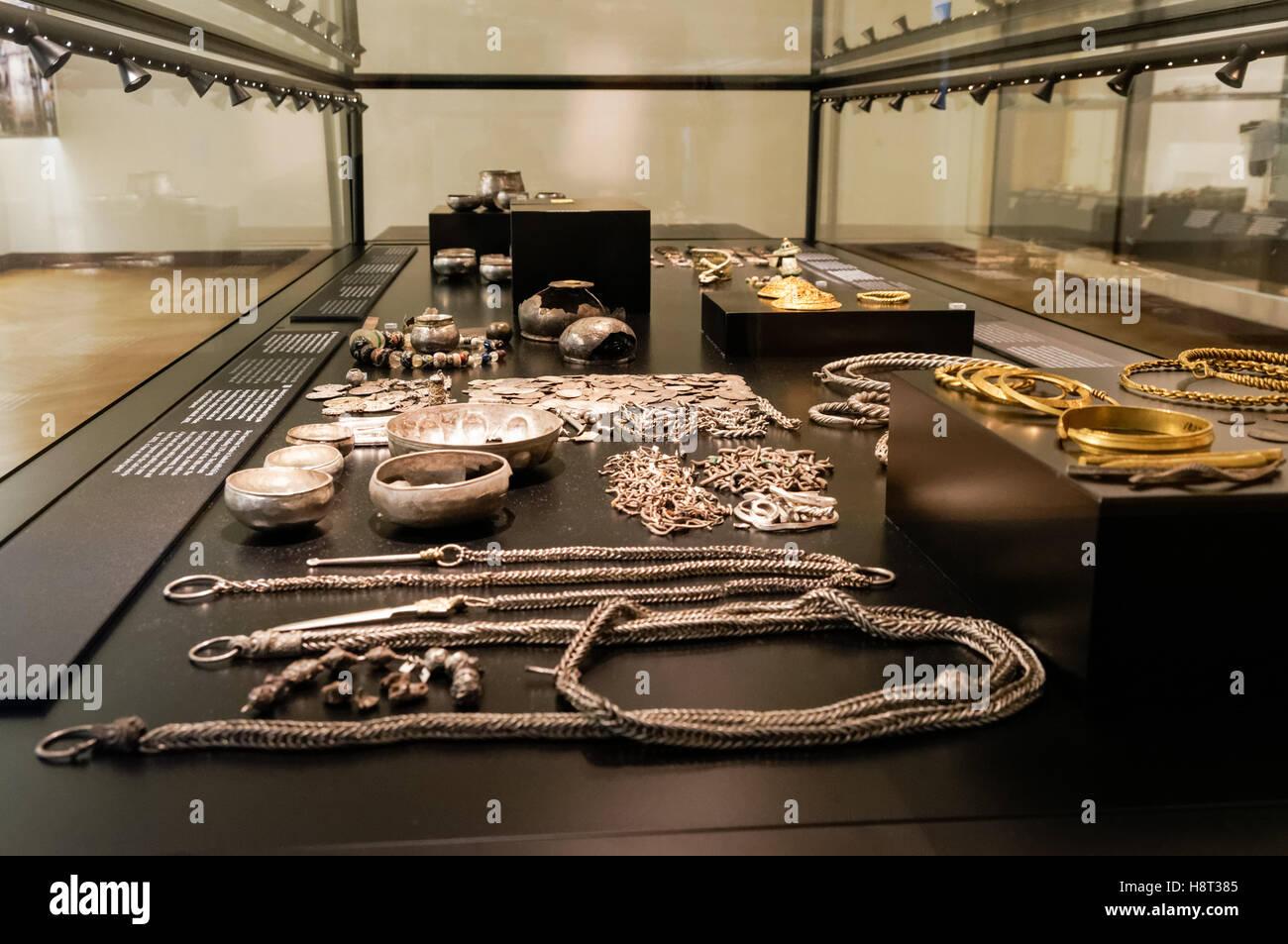 Argento accaparrare da Terslev in Zealand dal decimo secolo, Museo nazionale di Danimarca a Copenaghen, Danimarca Foto Stock