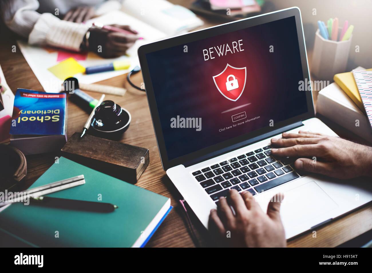 Attenzione Attenzione pericoloso Concetto di hacking Immagini Stock