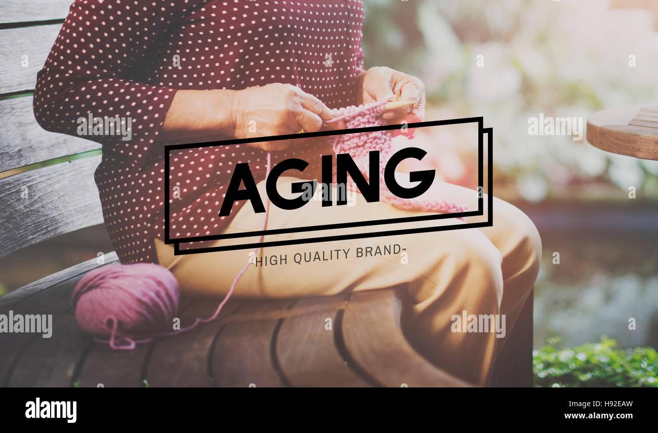 Invecchiamento naturale maturo Senior Care concetto per adulti Immagini Stock