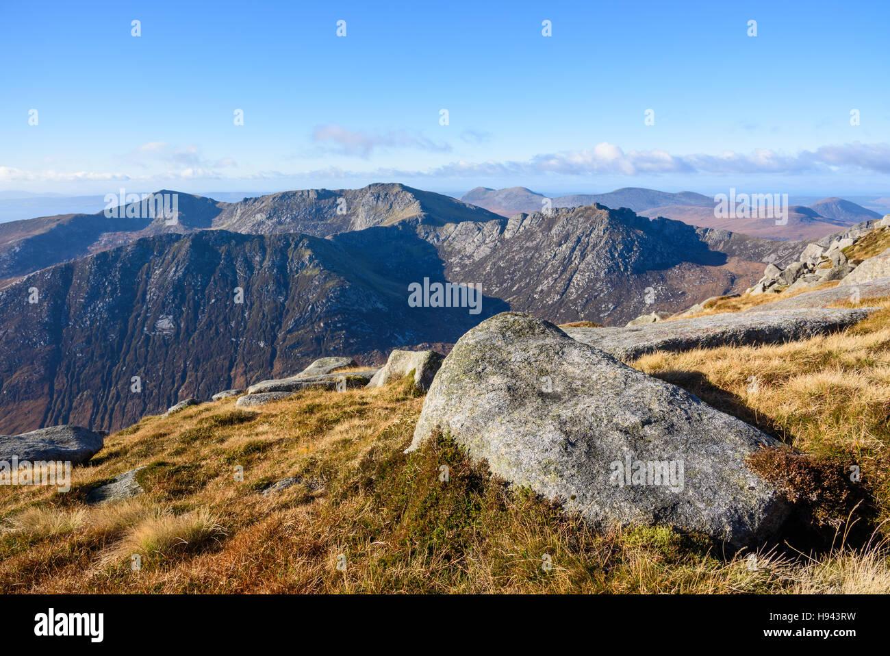 Vista dalla cima del Goatfell, Isle of Arran, North Ayrshire, in Scozia Immagini Stock