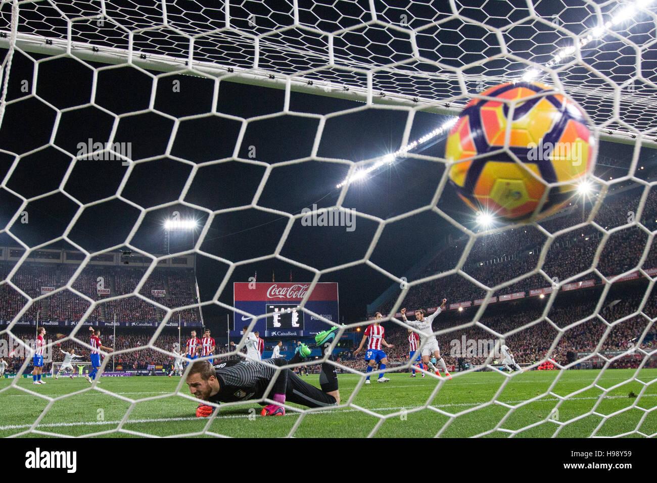 Madrid, Spagna. Xix Nov, 2016. Del Real Madrid in avanti portoghese Cristiano Ronaldo un goal durante la spagnola Immagini Stock