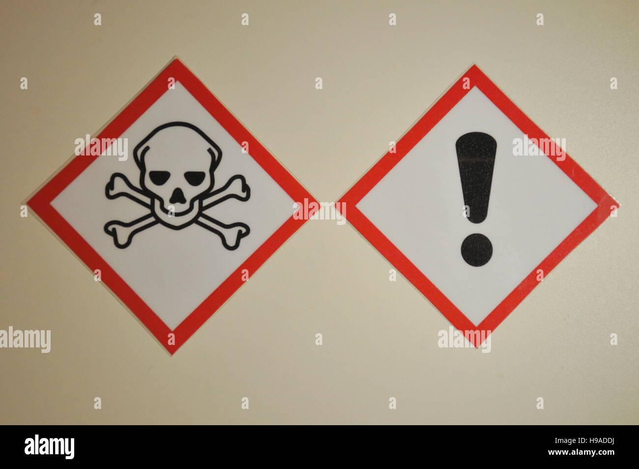 Nuova etichettatura di sostanze pericolose, salute, sicurezza, protezione, prodotti chimici Immagini Stock