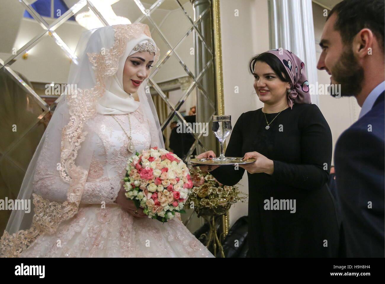 Matrimonio In Russia : Fotografi di matrimonio di san pietroburgo della russia wpja